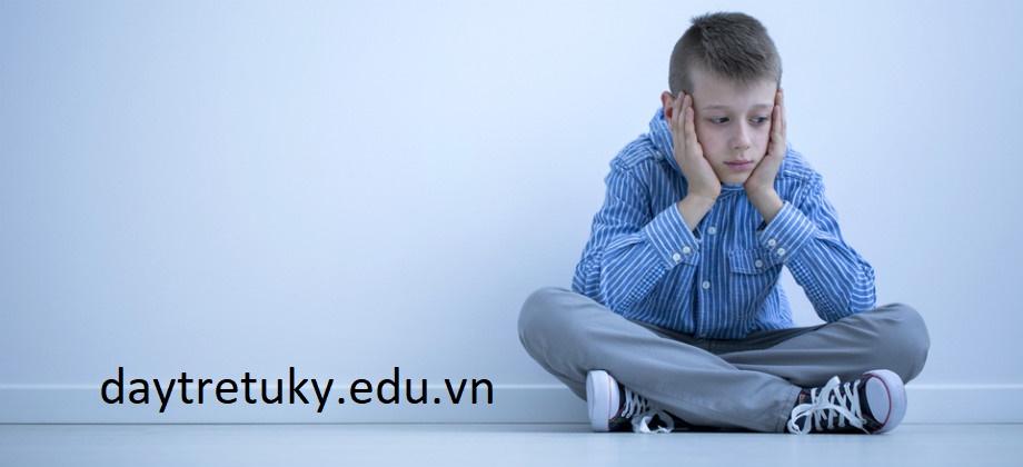 Đặc tính trẻ tự kỷ