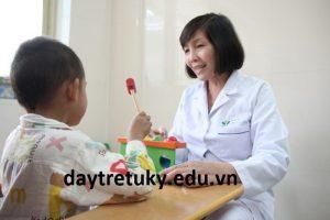 Thử nghiệm y khoa và chuyên gia trong định bệnh tự kỷ